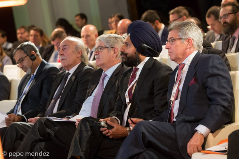 portfolio 5/32  - Congreso España-India