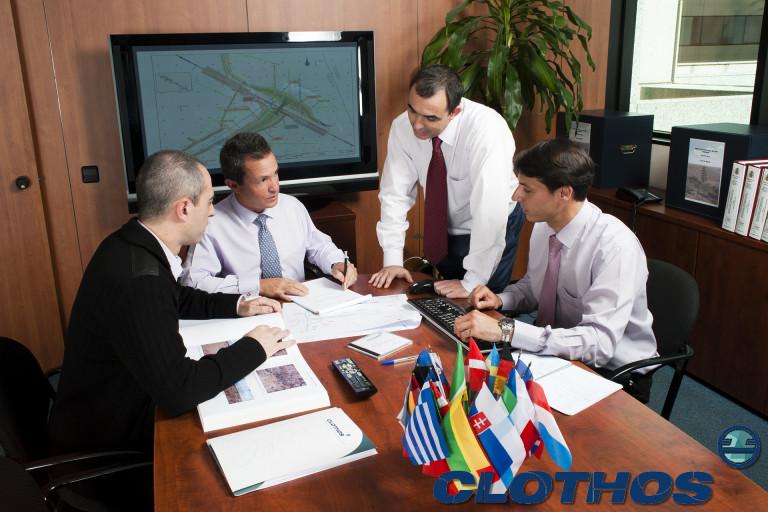 portfolio 8/52  - Clothos, corporate, Spain, 2011.