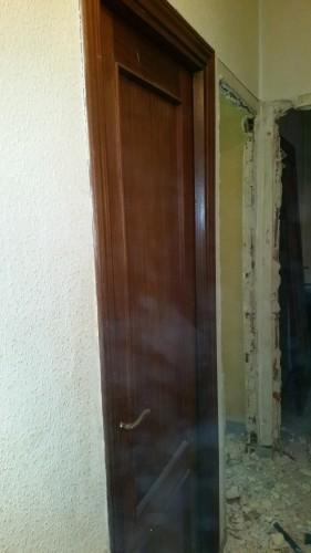 portfolio 197/287  - colocación de precercos y puertas de interior en una vivienda