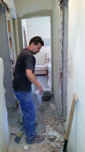 portfolio 194/287  - colocación de precercos y puertas de interior en una vivienda