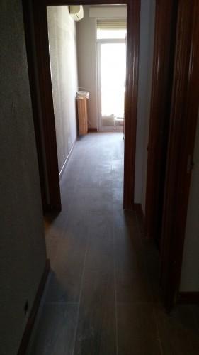 portfolio 232/287  - colocación de precercos y puertas de interior en una vivienda