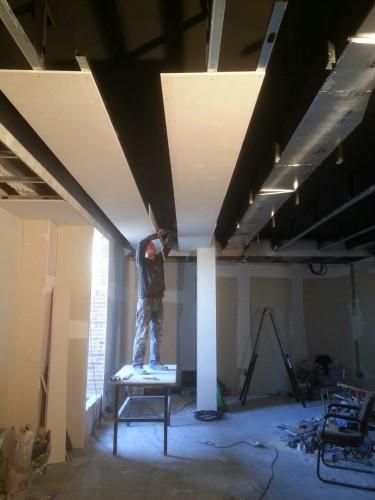 portfolio 117/287  - reforma del techo del pladur  a  doble altura