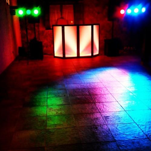 portfolio 5/6  - Montaje con iluminacion de sala