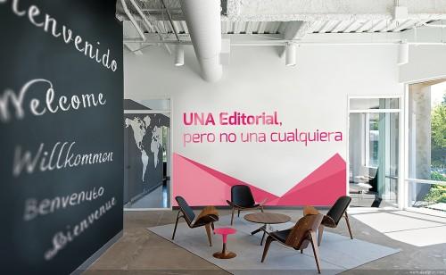 portfolio 16/24  - Mosaico en vinilo,  recepción UNA Editorial