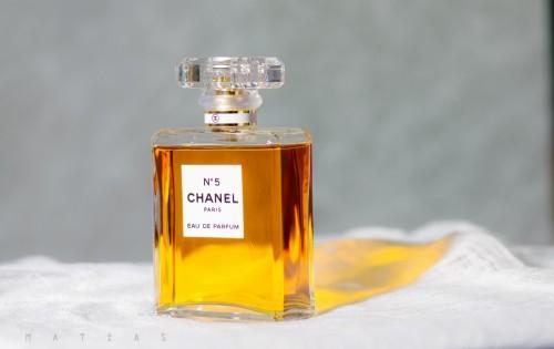 portfolio 21/33  - Sesión de perfumería