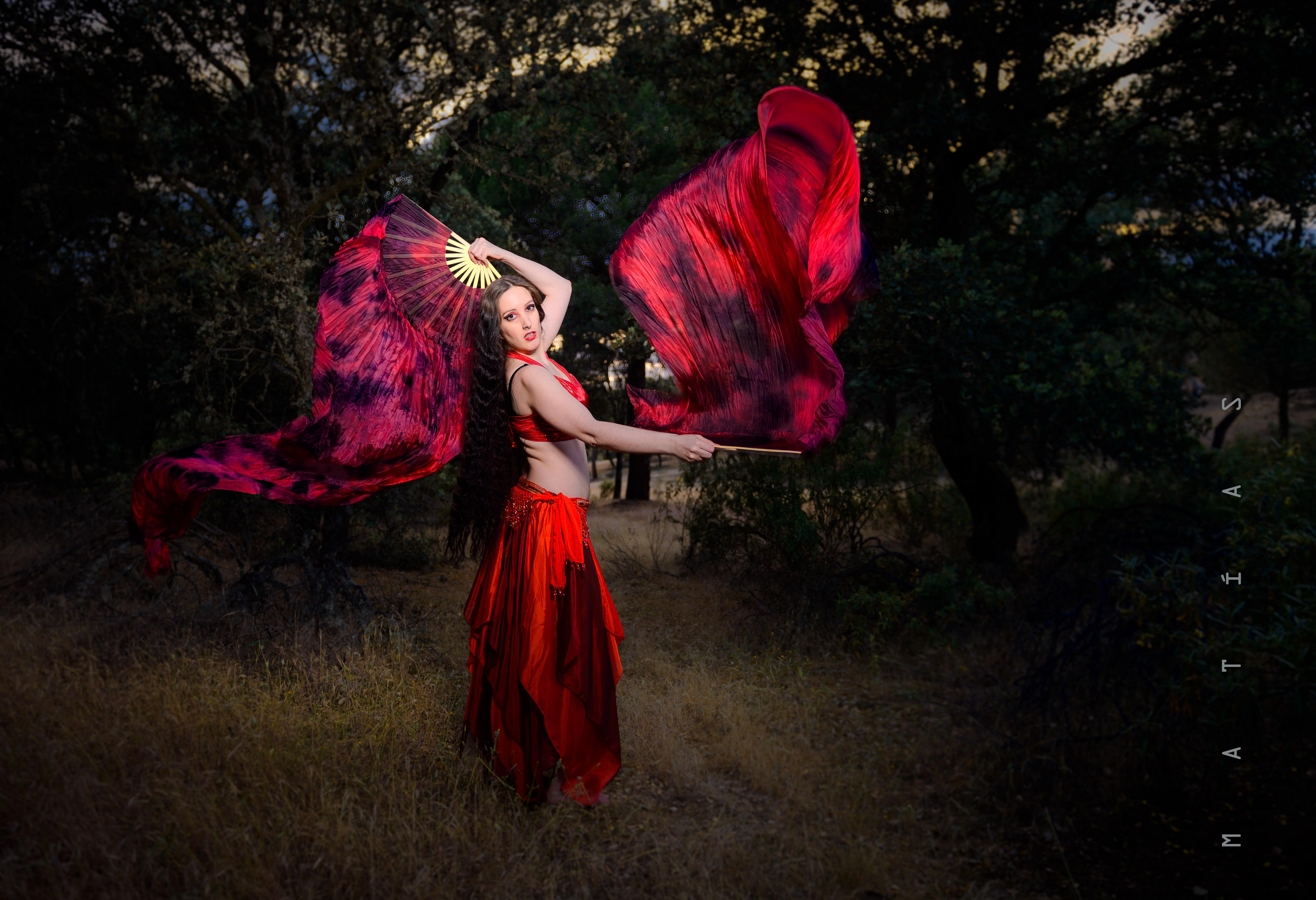 portfolio 32/33  - Danza en el bosque