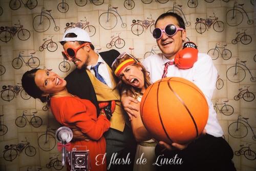 portfolio 8/12  - El flash de Lineta - Fotomatón & photocalls vintage - Bodas y Eventos