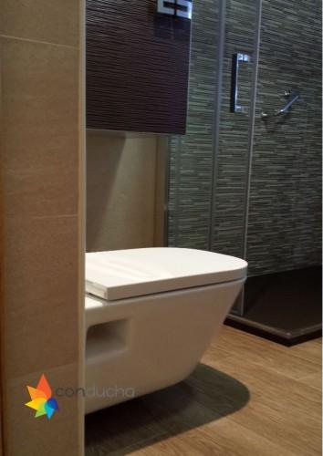 portfolio 2/18  - Baño completo. 2995 ?. Plato de ducha antideslizante, mampara, mueble de baño, inodoro, plaqueta  y conjunto de ducha.