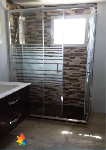 portfolio 3/18  - Baño completo. 2995 ?. Plato de ducha antideslizante, mampara, mueble de baño, inodoro, plaqueta  y conjunto de ducha.