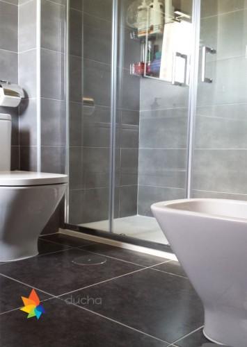 portfolio 4/18  - Baño completo. 2995 ?. Plato de ducha antideslizante, mampara, mueble de baño, inodoro, plaqueta  y conjunto de ducha.