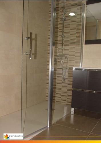 portfolio 5/18  - Cambio de bañera por plato de ducha.1195 ?. Plato de ducha antdieslizante roca granito, mampara hoja vidrio templado,conjunto de ducha termostatico.