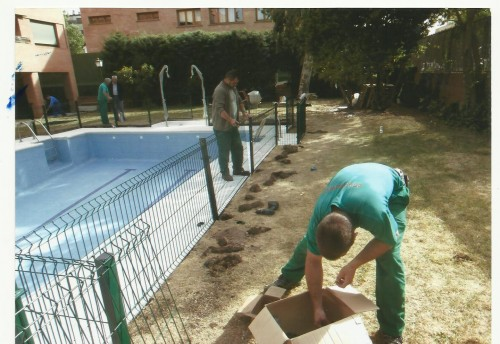 portfolio 17/19  - vvallado de perimetro en piscina comunitaria arturo soria