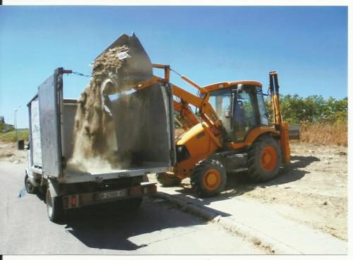 portfolio 8/19  - limpieza de residuos con retro y camión