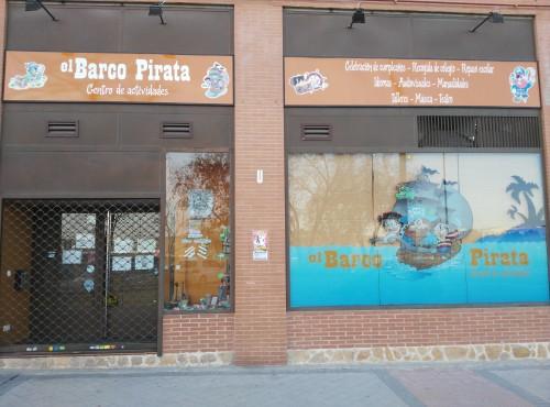 portfolio 13/17  - Nuestro local en Villaverde: El Barco Pirata