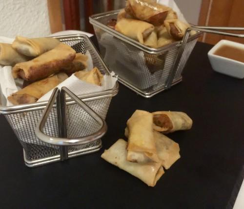 portfolio 30/33  - mini rollitos de rabo de toro con mayonesa de wasabi