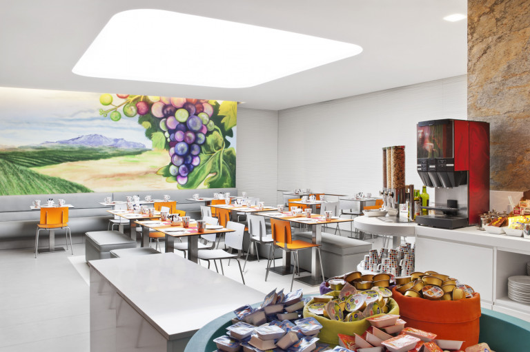 portfolio 57/119  - Hotel Prado