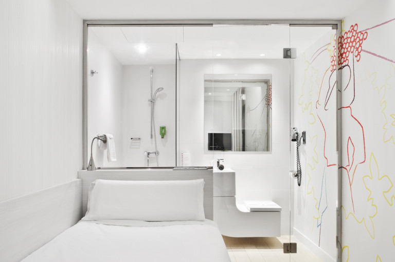 portfolio 54/119  - Hotel Prado